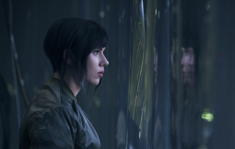 ghost-in-the-shell-2016-szenenbild-scarlett-johansson-776x493
